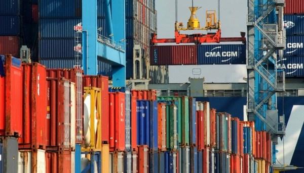 Ecuador rebaja sus salvaguardias a importaciones el 1 de abril