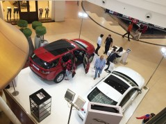 jaguar-land-rover-at-45th-automall-kurla-mumbai-2