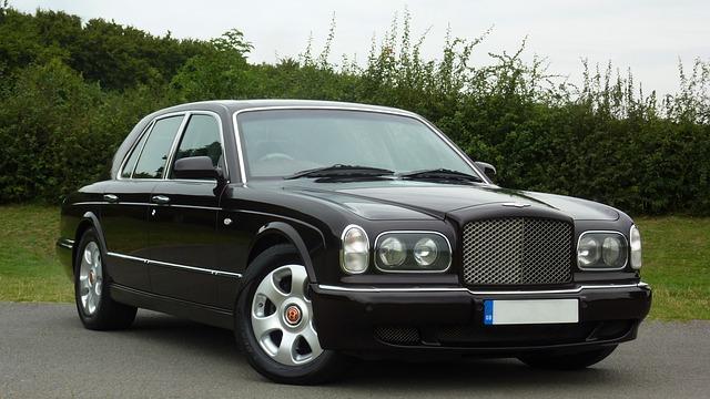 Bentley autó