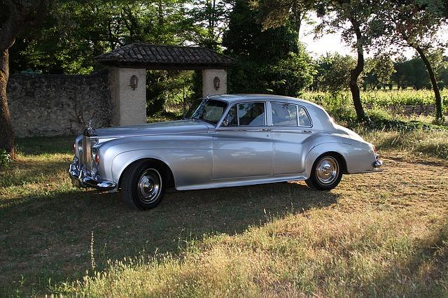Rolls-Royce autó