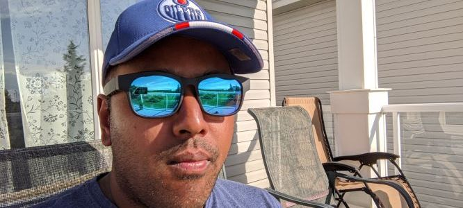 AutomateAlan wearing Smart Sunglasses D79025 on the deck