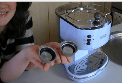 DeLonghi Vintage Icona ECO V310 Review & Latte Recipe I Foodie Laura