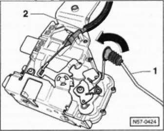 Ремонт Фольксваген Поло : Снятие замка двери VW Polo