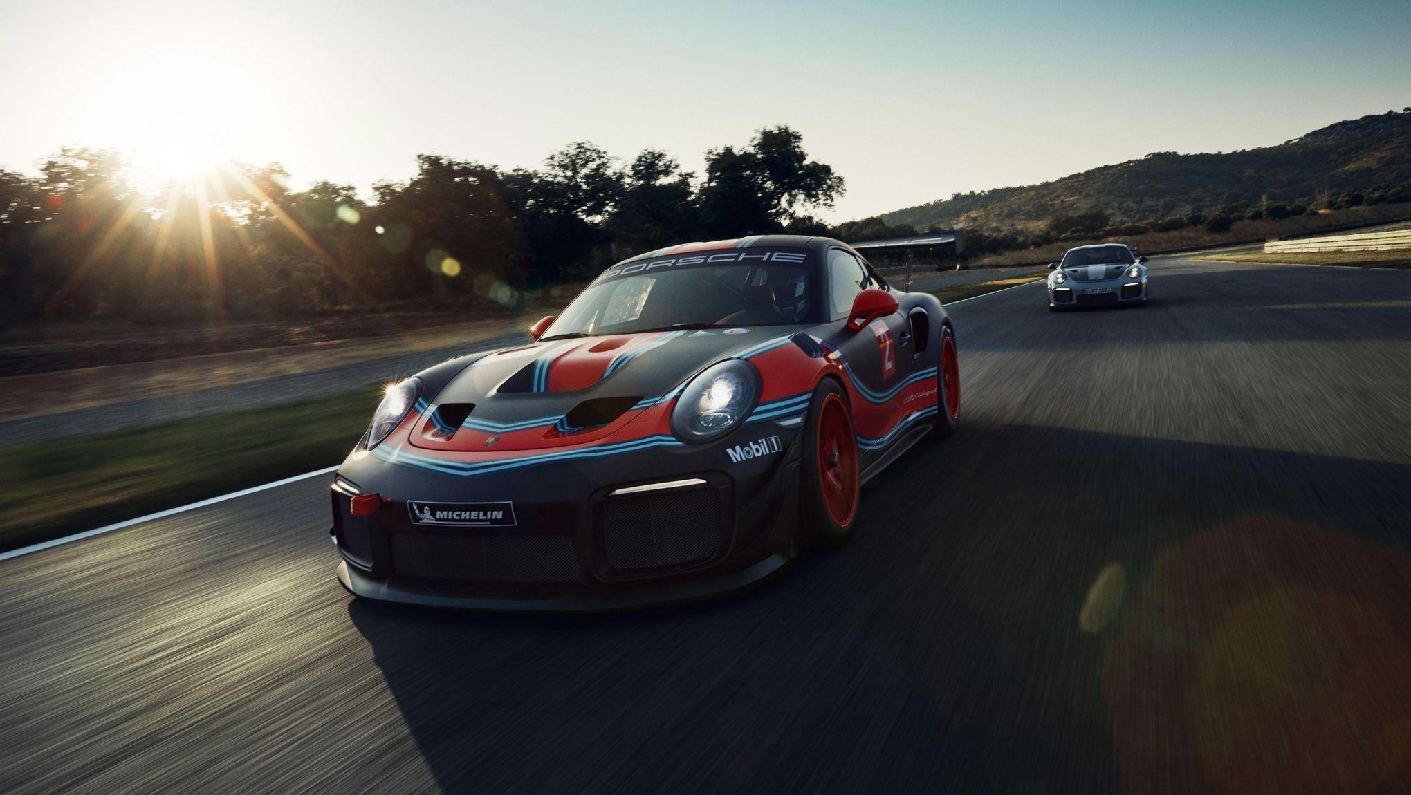 Porsche GT2 RS Clubsport - Front