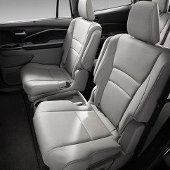 Honda Pilot Captains Chairs Ivory Rosette Chair Covers Automobiles Com Images 2016 Interior Gallery Suv Jpg