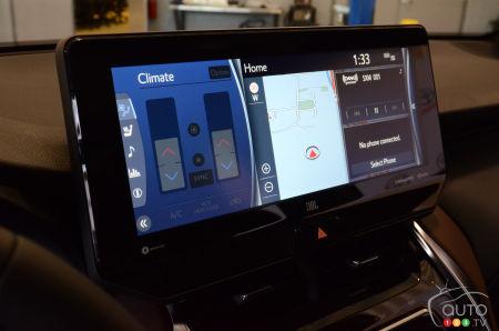 2021 Toyota Venza, multimedia screen