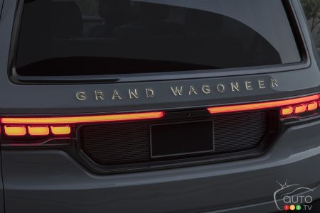 Jeep Grand Wagoneer concept, lettering on the hatch