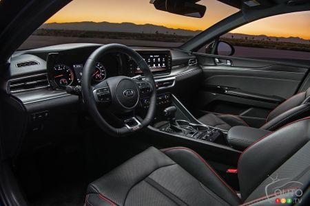 2021 Kia K5 GT, interior