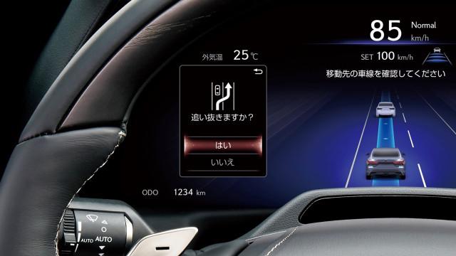 2022 Lexus LS 500h with Lexus Teammate