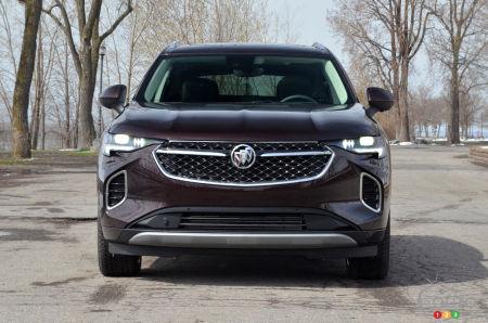 2022 Buick Envision Avenir, front