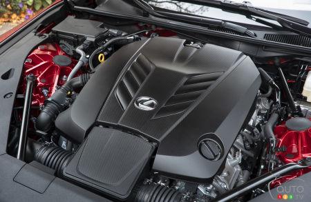 The 2021 Lexus LC convertible, engine