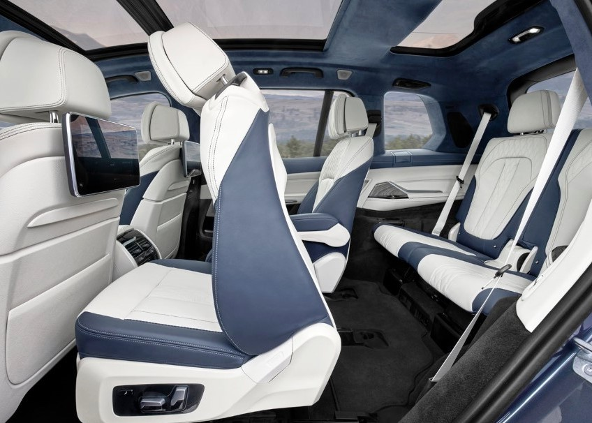 2020 BMW X7 7 Seater Interior