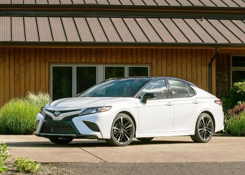 2021 Toyota Camry Hybrid MPG & Horsepower