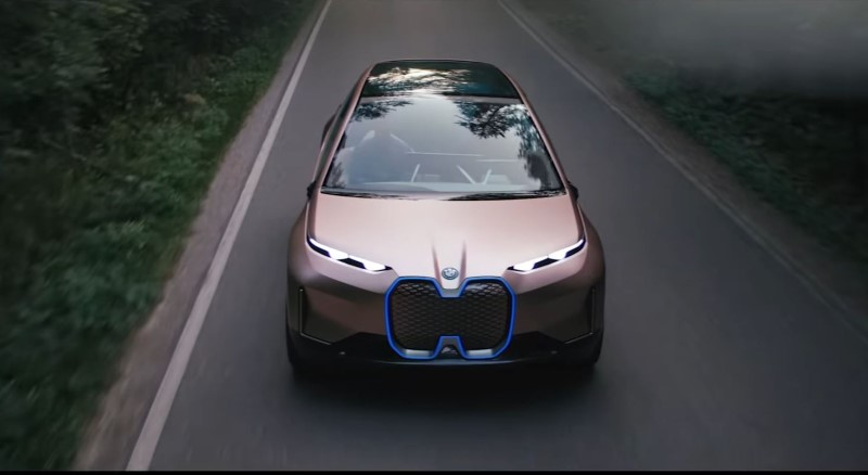 New BMW Vision iNext - 2021 Cars Waiting For