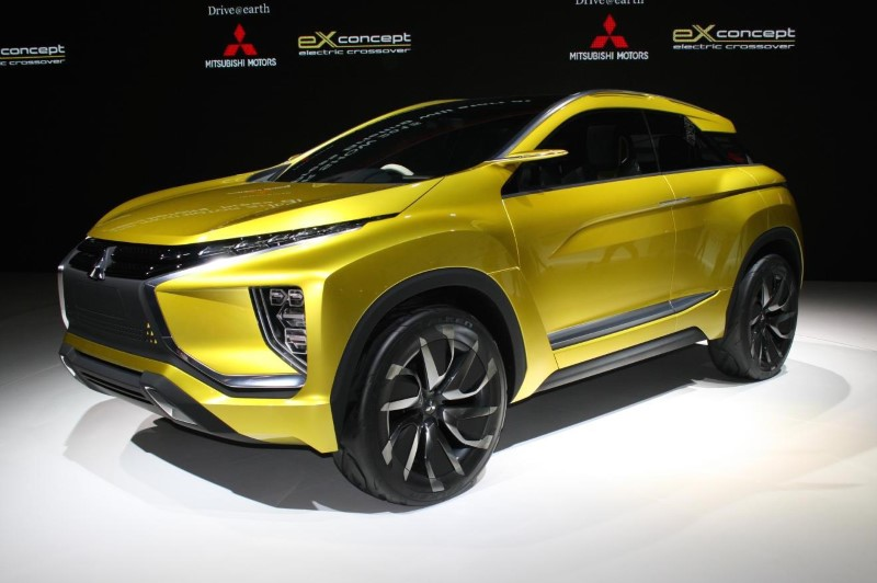 2021 Mitsubishi Eclipse Cross New variant Yellow