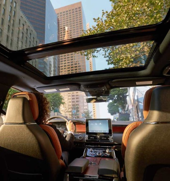 2021 Lincoln Navigator Concept Interior