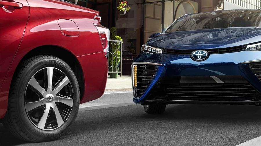 2021 Toyota Mirai Wheel Using Michelin Tires