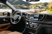 2021 Chrysler Pacifica AWD Interior Pictures
