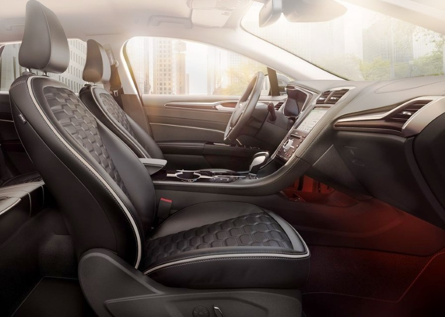 2022 Ford Fusion Active Wagon Interior Pictures