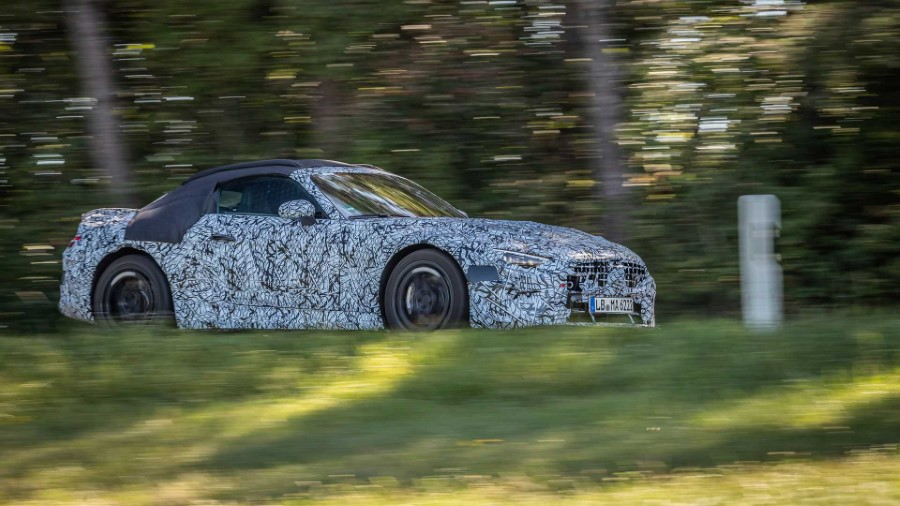 2022 Mercedes-Benz SL Spied Pictures