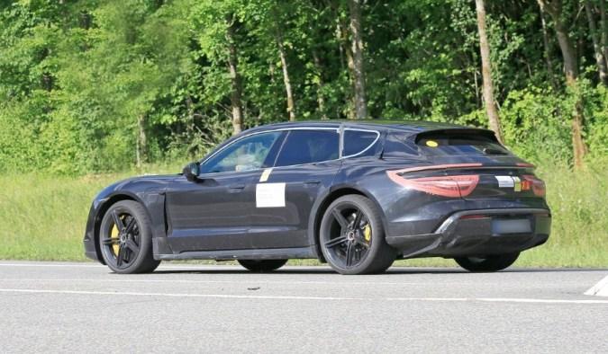 Porsche Taycan Cross Turismo Spied Pictures