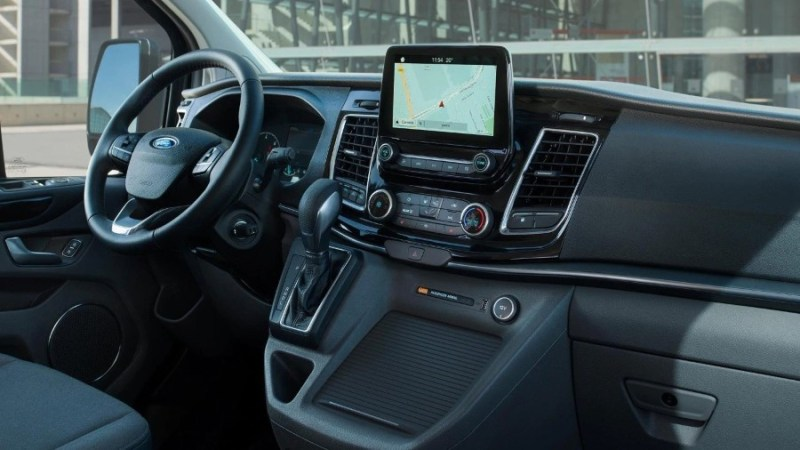 New Ford Tourneo Custom Interior Dashboard Features
