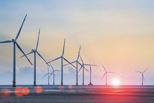 시간이 조금 걸리기는 했지만 상태 감시는 풍력 업계에서 완전히 자리를 잡았다. 상태 감시 시스템(Condition Monitoring System: CMS)은 풍력 터빈의 가용성을 높이고, 높은 비용과 관련되고 위험하기도 한 고장을 방지하고, 궁극적으로 풍력 터빈이 더 안전해지고 더 많은 이윤을 가져오도록 한다.