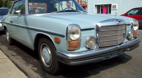SOLD 1970 Mercedes 250C Blue