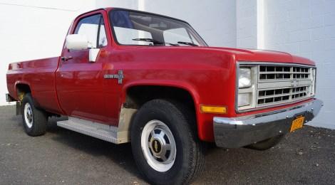 1985 Chevy C30 : 1 owner 31kmi