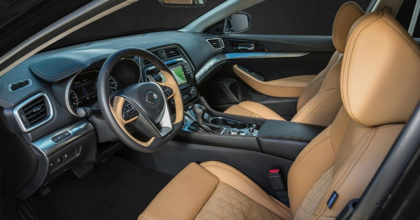 2016 Nissan Maxima Interior View