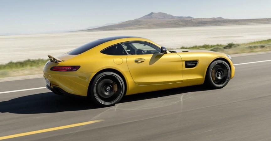 09.06.16 - 2016 Mercedes-AMG GT Roadster Concept