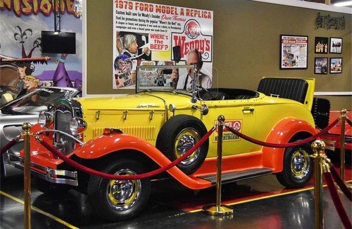 17856297-1929-ford-model-a-srcset-retina-xxl-690x450