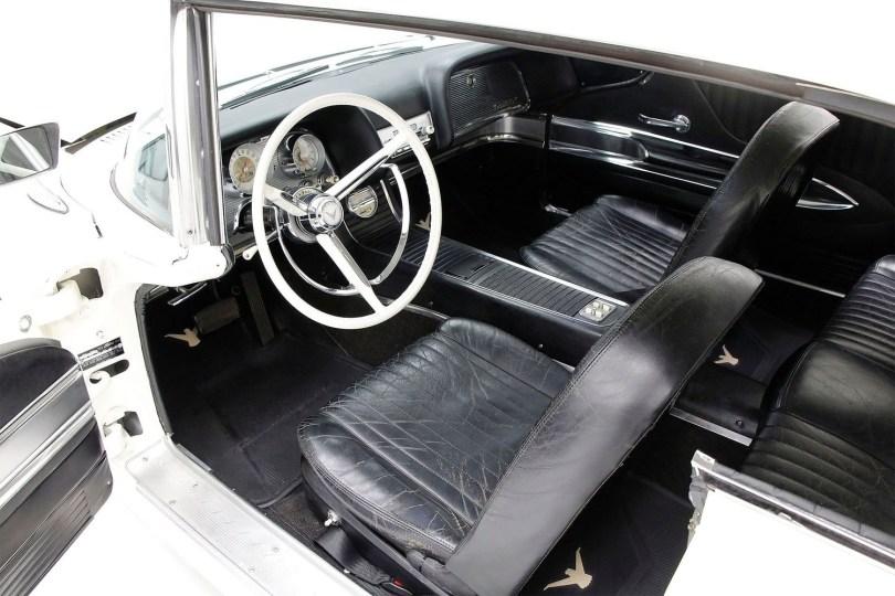1960-Ford-Thunderbird-009
