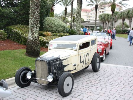 02-1932-Rolling-Bones-Tudor
