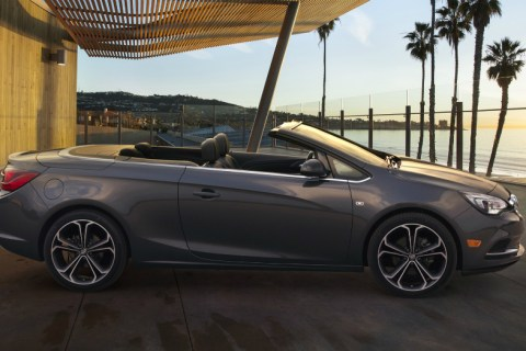 2016 Buick Cascada in the Sun