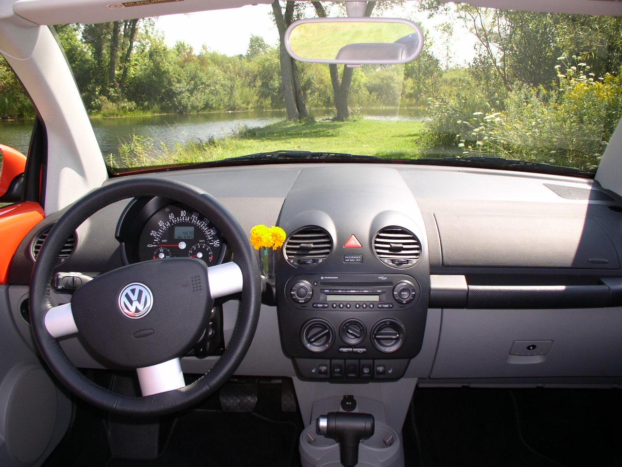 hight resolution of 2004 volkswagen new beetle cabriolet turbo fordatlasconcept007