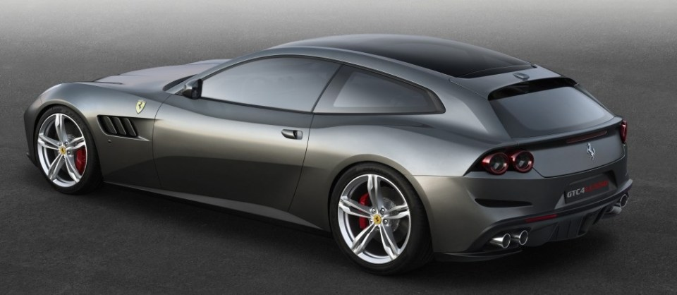 Ferrari_GTC4Lusso_side_r_high_lo
