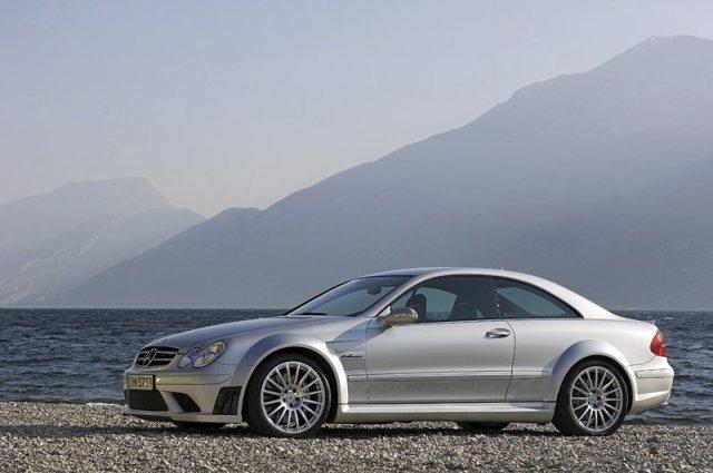 Mercedes-Benz_CLK_63_AMG_Black_Series_Coupe