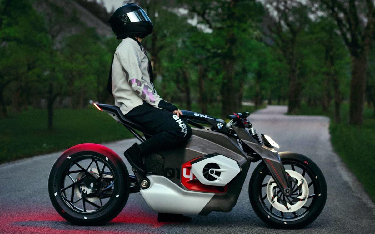 BMW Motorrad Vision DC Roadster: El despertar eléctrico del motor bóxer