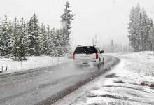 Consejos para manejar en la nieve de forma segura