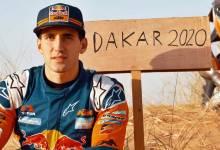 Photo of Luciano Benavides junto a los grandes del Dakar