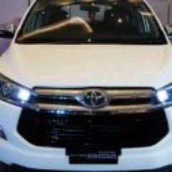 Meja Lipat All New Kijang Innova Warna Toyota Grand Avanza Autonetmagz Review