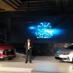 All New Kijang Innova Diesel Vs Bensin Beda Grand Veloz 1.3 Dan 1.5 Toyota Venturer Meluncur Lebih Mahal Dari Fortuner Captain Seat Baik Untuk Mesin Anda Yang Alergi Dengan Kursi Berbahan Fabric Tenang Ini