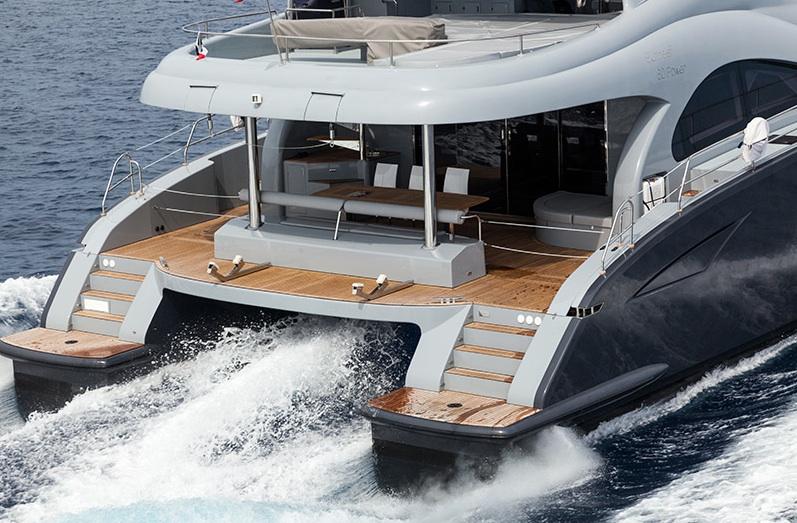 Sunreef_60_motor_Avel_Yachting_07