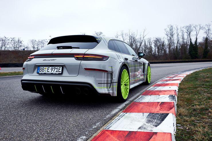 TechArt Porsche Panamera Turbo S E-Hybrid Sport Turismo