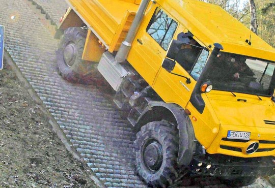 mercedes unimog and zetros in off road action