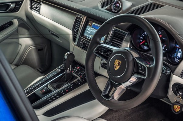 porsche macan 2018 review facelift auto on trend. Black Bedroom Furniture Sets. Home Design Ideas