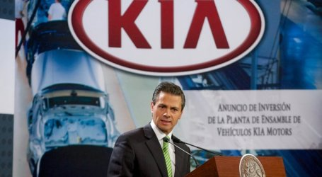 Kia firma acuerdo para fabricar autos en Nuevo León, México.