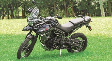 TRIUMPH TIGER 800 Xcx.  Funcional y multiuso