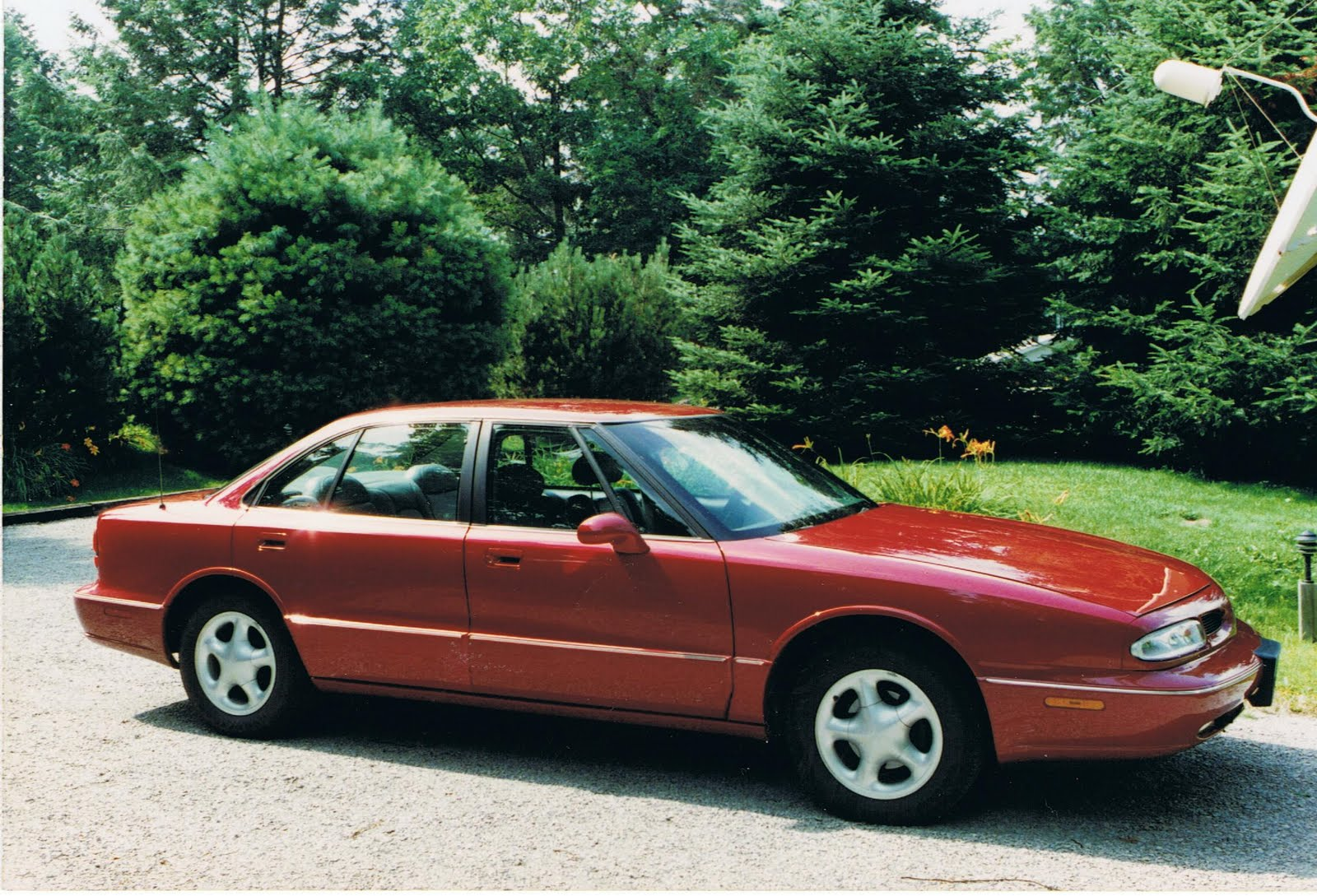 hight resolution of 19961998 oldsmobile lss the last of your father s oldsmobiles rhautopoliswordpress 1996 oldsmobile 88 ls at